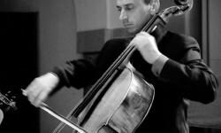 El violonchelo de Iagoba Fanlo protagoniza el segundo concierto del ciclo 'Alicante Actual' en el ADDA.