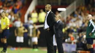 El ya ex entrenador del Valecnia Nuno Espirito Santo. (Foto-Lázaro de la Peña)