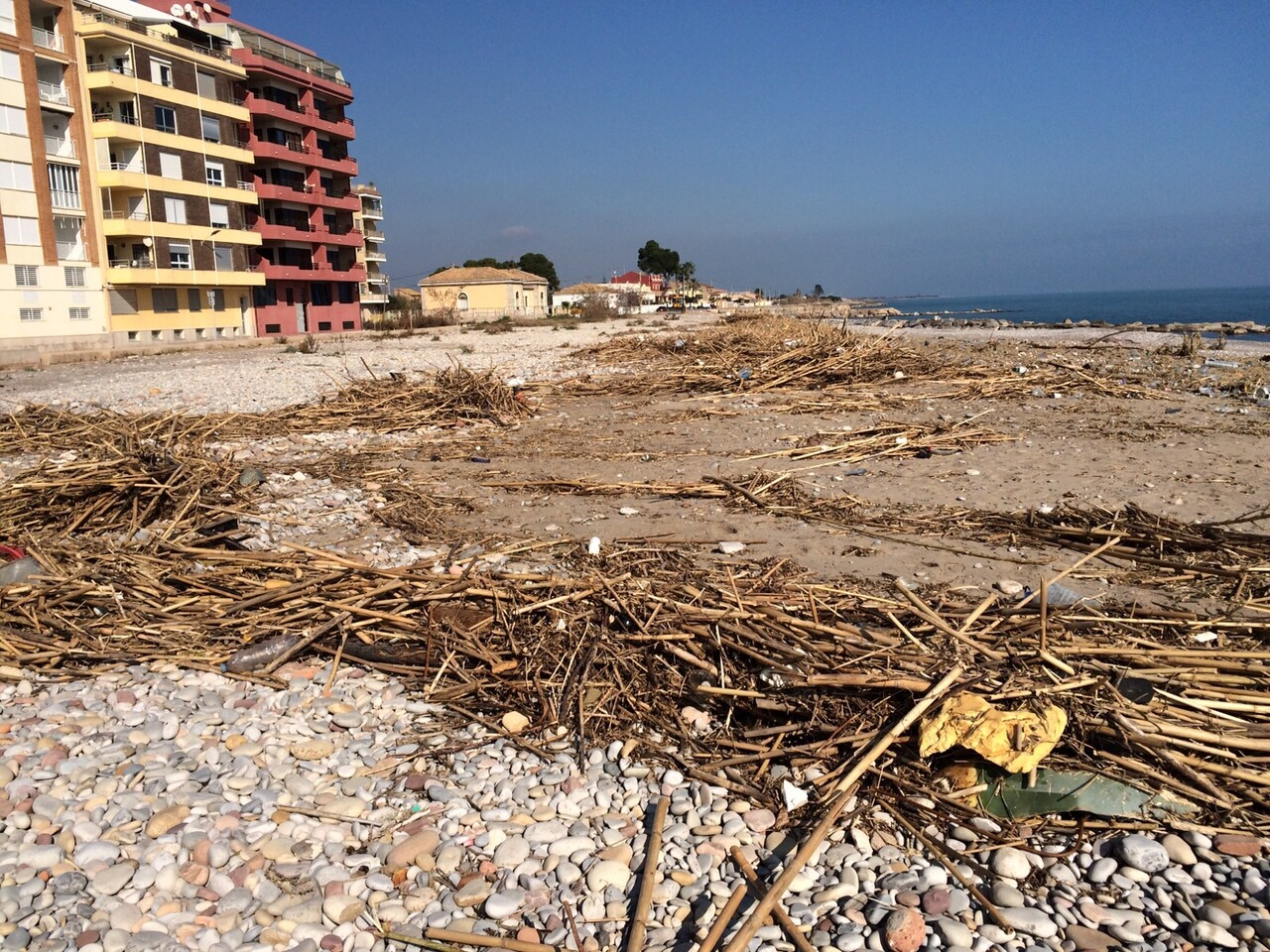 Estado playa de Burriana a 10 días del temporal