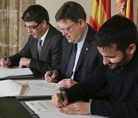 Hoy se firmó el convenio de colaboración para la gratuidad de los libros de texto y otros materiales curriculares.