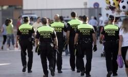 La Policía Local moviliza cerca de 400 agentes para garantizar ña seguridad en el Maratón.
