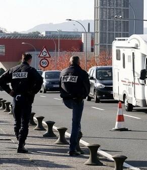 La Policía francesa vigila la zona de fronteras.