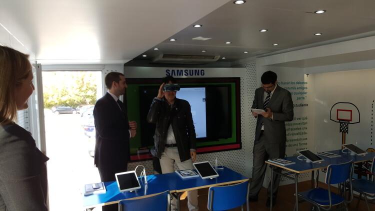 La solución Samsung School llega a Valencia para acercar a profesores y familias el concepto de e-ducación (1)