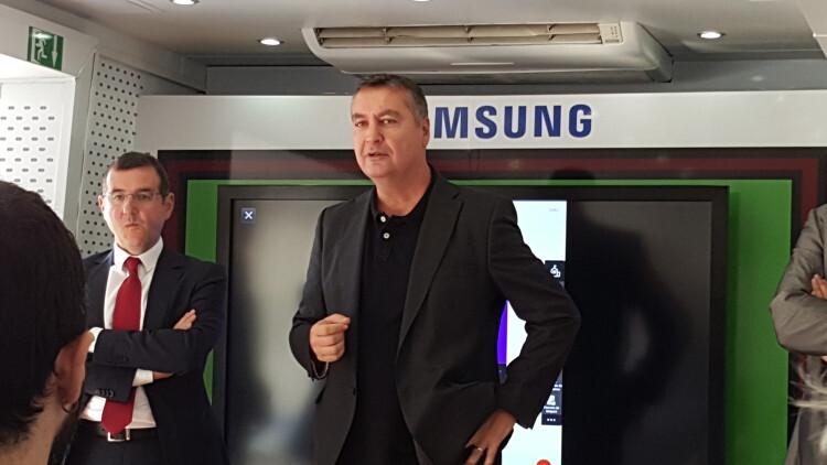 La solución Samsung School llega a Valencia para acercar a profesores y familias el concepto de e-ducación (2)
