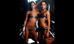 Las gemelas Figueiredo, bellas nadadoras de Brasil  (19)