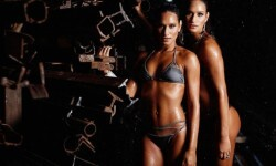 Las gemelas Figueiredo, bellas nadadoras de Brasil  (9)