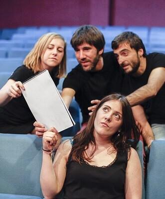 Miembros del grupo valenciano Qué farem.