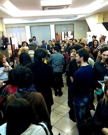 Público a la salida de un pase en La Filmoteca