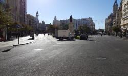 Primer domingo de la plaza del Ayuntamiento de Valencia cerrada para hacerla peatonal  (3)