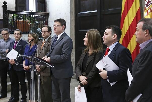 """Puig presenta la propuesta valenciana de financiación autonómica """"porque ya no caben más parches""""."""