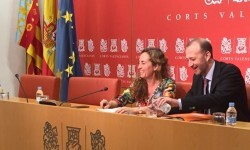 Pusent pide 'garantizar que los recursos públicos no se pierdan en alimentar organismos innecesarios o duplicados'.