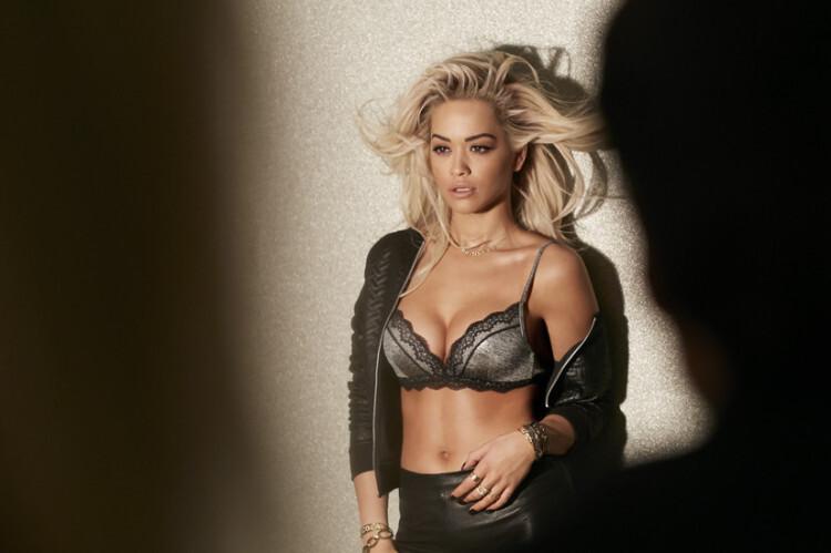 Rita Ora en lencería para Tezenis (4)