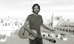 Toni Cotolí ofrecerá un concierto gratuito en el Salón de Cristal del Ayuntamiento de Valencia.