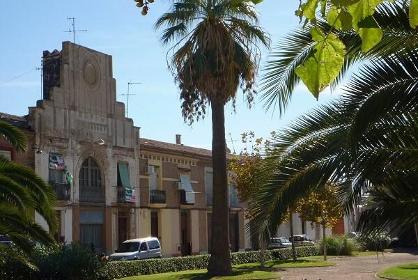 UPyD denuncia la eliminación de los bancos públicos en el Barrio del Cabanyal.
