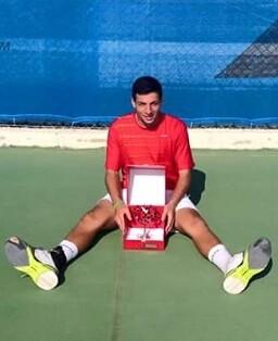 Zapata se proclamó ganador tras vencer al jugador local Anis Ghorbel.