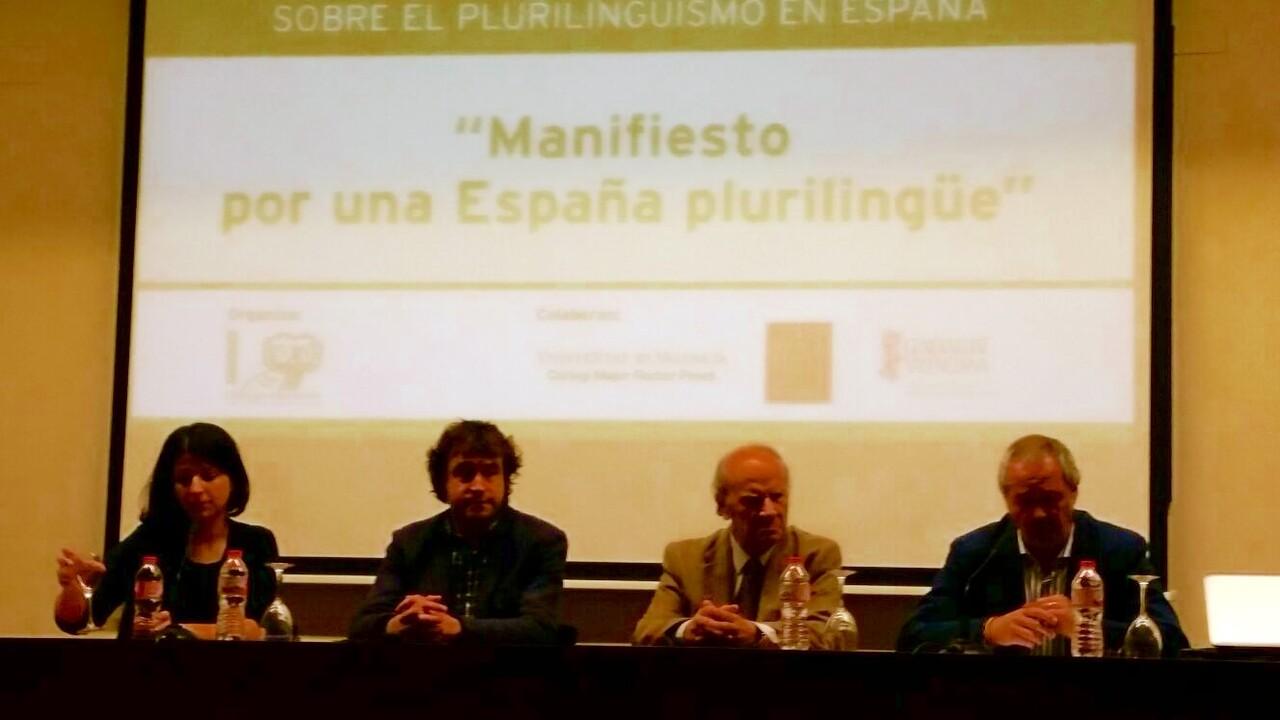 manifiesto_plurilinguer