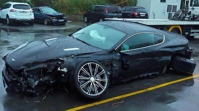 raul-garcia-sale-ileso-de-un-aparatoso-accidente-de-coche_18662_11