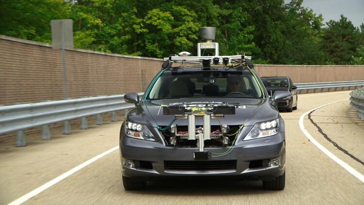 sistema-ahda-toyota-desarrolla-un-sistema-de-conduccion-automatizada-en-autopistas-201314544_9