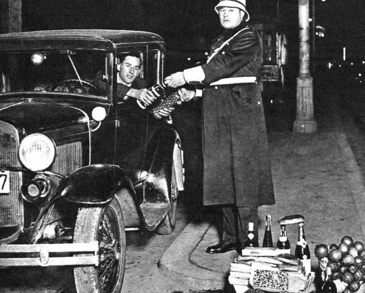 1934.12.24 Los urbanos de Valencia implantan el aguinaldo navideño en España