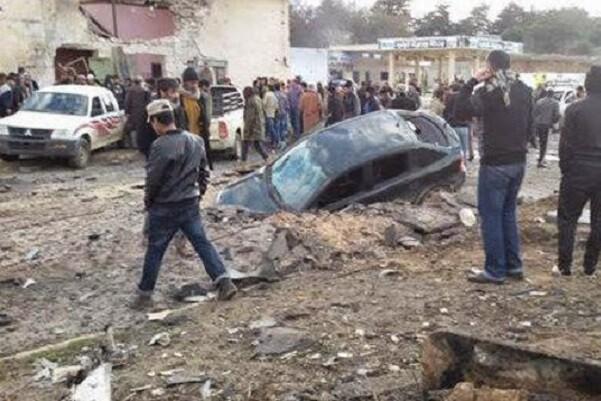 32 muertos y 90 heridos en Siria sobre un popular barrio de la ciudad de Homs.
