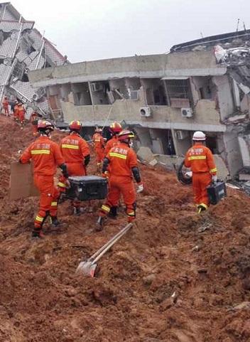 Al deslizamiento de tierra le siguió la explosión en un gasoducto