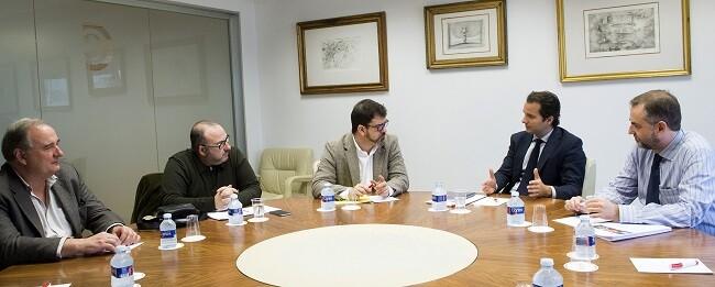 Altur reunido en la Cámara de Comercio (Foto-Abulaila)