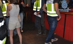 Desarticulada una organización rusa dedicada a la explotación sexual de mujeres en clubes de alterne de Granada.