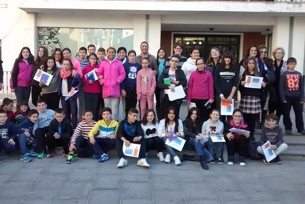 El Ayuntamiento de Chiva entrega los premios del X Concurso de Relatos Solidarios.