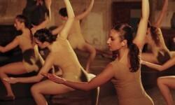 El Centro Coreográfico de la Generalitat inauguró El Nadal al Palau con la interpretación del 'Bolero', de Ravel.