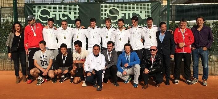 El Club de Tenis Valencia ha hecho doblete tras ganar la prueba en ambas categorías, femenina y masculina.
