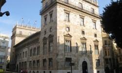 El Palau de la Generalitat abre sus puertas a los más pequeños con dos cuentacuentos.