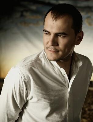 El cantautor madrileño vuelve a Valencia.