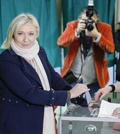El partido de Marine Le Pen no obtiene ninguna región en la segunda vuelta.