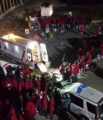 En la madrugada de este viernes lograron entrar en Ceuta más de 100 inmigrantes.