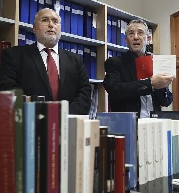 En un almacen de Riba-roja aparecieron más de 375 mil libros.