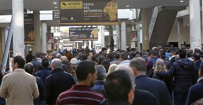 Feria Valencia abrió hoy sus puertas a la decimoctava edición de la Feria del Automóvil, Vehículo de Ocasión y Comercial de Valencia. (Foto-Alberto Sáiz).
