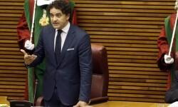 Arranca la sesión constitutiva de Les Corts, que preside la Mesa de Edad