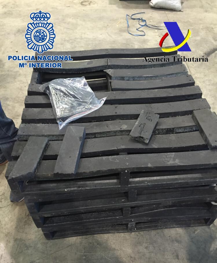 Interceptados en el puerto de Valencia 1.400 kilos de palés hechos de cocaína (1)