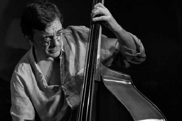 Javier Colina rinde homenaje a Bebo Valdés junto al pianista Pepe Rivero(Foto-Antonio Porcar).
