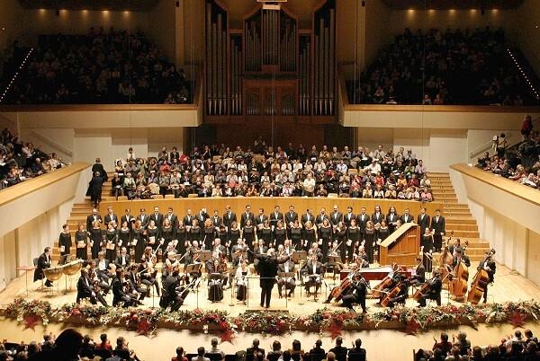 L'Orquestra de València i Philharmonia Chorus interptren 'El Messies' al Palau de la Música.