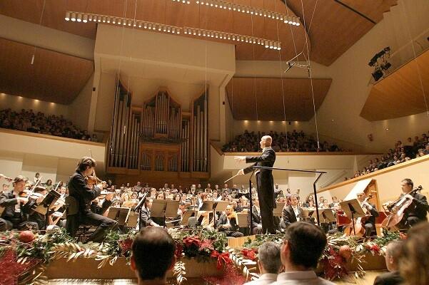 L'Orquestra de València y el Philharmonia Chorus interpeten 'El Messies' al Palau de la Música.