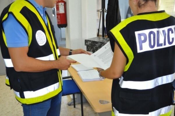 La Policía Nacional detiene a 101 personas por un fraude a las arcas públicas.