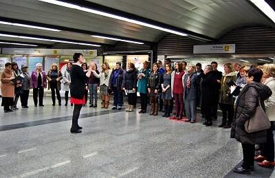 La estación de Colón acogerá a las 19.30 horas las melodías populares del Coro FGV.