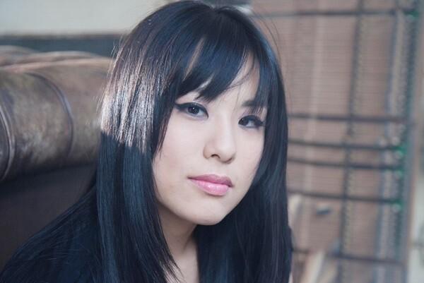 La pianista coreana HJ Lim debuta en Valencia con el romántico concierto de Grieg.