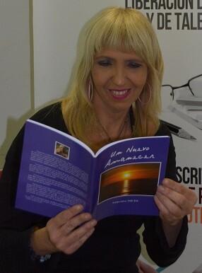 La profesora y poeta Geneviève Nieto.