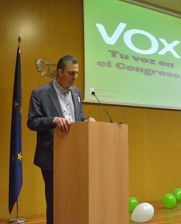 Ortega Smith-Molina destacó los aspectos más interesantes del programa de Vox a nivel nacional.