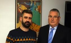 Pere Fuset es reuneix amb el president de Lo Rat Penat.