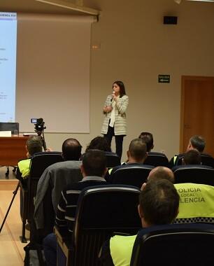 Sandra Gómez, clausuró los cursos de formación en prevención, tratamiento y formación sobre la violencia de género.