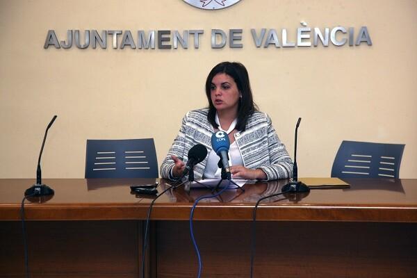 """Sandra Gómez valora """"muy satisfactoriamente"""" los cursos sobre violencia de género realizados para la Policía Local."""