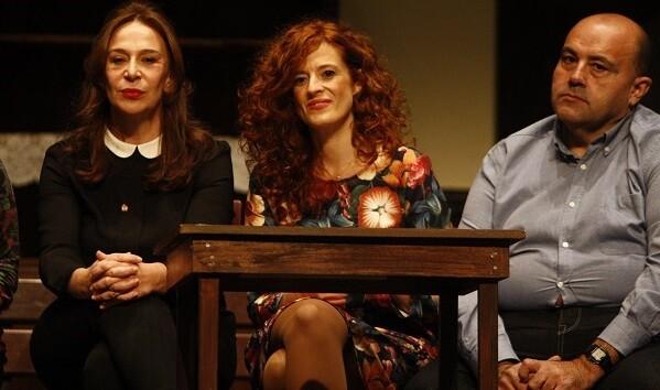 Tres de los protagonistas de la obra teatral.